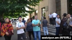После заседания суда по делу «Сари таха», Ереван, 8 июня 2018 г․