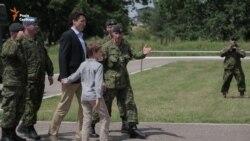 Канадський прем'єр із сином побував на Яворівському полігоні (відео)