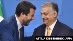 Hungarian Prime Minister Viktor Orban (right) will be discussing an alliance with Italian right-wing Lega party chief Matteo Salvini (left) as well as Polish Prime Minster Mateusz Morawiecki. (file photo)