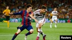 Lionel Messi în acțiune (Reuters/Kai Pfaffenbach)