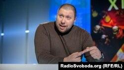 Автовласники мали достатньо часу, щоб розмитнити свої автівки, заявив Володимир Мартиненко