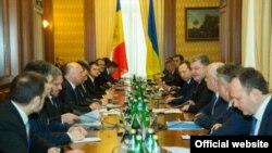 La discuțiile de la Kiev cu președintele Petro Poroșenko
