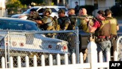 ԱՄՆ - Իրավապահները որոնում են կասկածյալներին, Սան Բերնարդինո, Կալիֆորնիա, 2-ը դեկտեմբերի, 2015թ․
