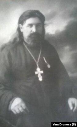 священник Василий Дронов