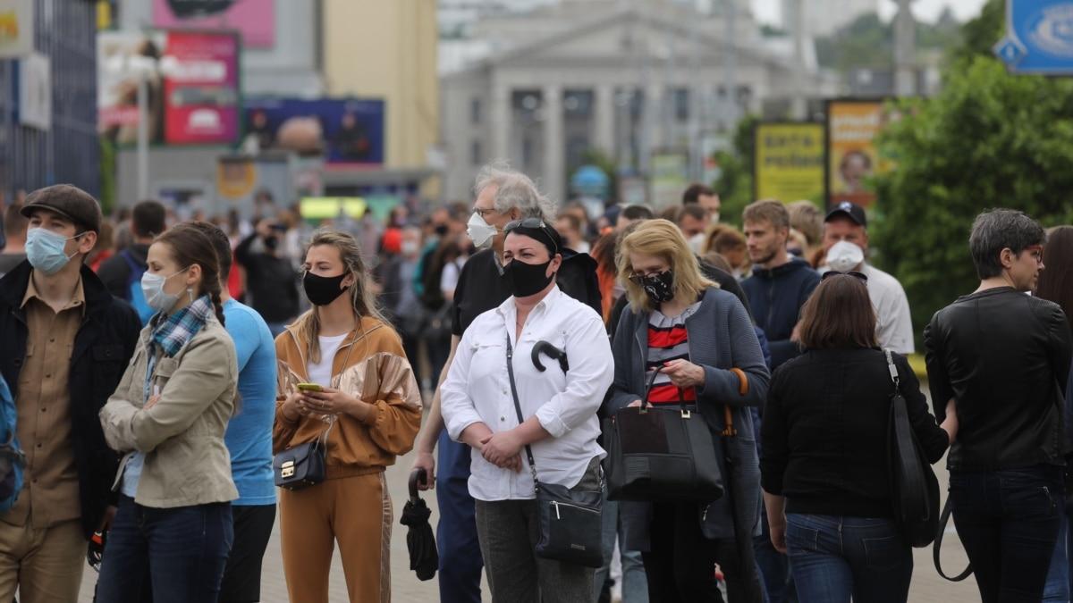 Кампания страха и угроз: как проходит президентская гонка в Беларуси