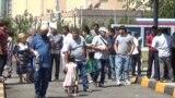 Таҷаммӯи шаҳрвандони Русия дар назди сафорати ин кишвар дар Душанбе. 12-уми августи 2020