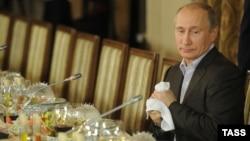 Владимир Путин на встрече Валдайского клуба в 2011-м году