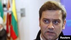 Shefi i delegacionit serb në bisedimet me Kosovën, Borisllav Stefanoviq.