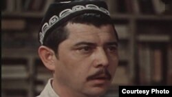 Народный артист Узбекистана Ульмас Алиходжаев.