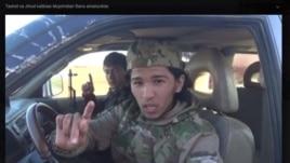 Узбекский боевик, обещающий вернуться на родину.