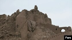 ارگ تاریخی بم پس از زلزله (عکس: Fars)