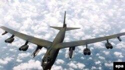 بمب افکن بی ۵۲ متعلق به نیروی هوایی ارتش آمریکا