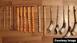 Музыкальные инструменты, изготовленные Мигулом Хумиреком