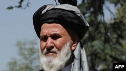 دین محمد: اگر قدرتهای بزرگ رقابت یا تقابلی با هم در منطقه دارند، حداقل افغانستان را مرکز رقابتهای شان نسازند.