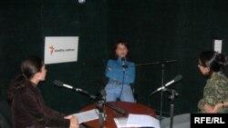 «Qızıl açar-2004» müsiqi müsabiqəsinin iştrakçısı Leyla Vahidqızı ilə söhbət, 31 oktyabr 2006