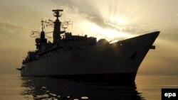 فرانسه در ماه ژانويه با امارات متحده عربی يک توافق نامه نظامی برای ايجاد يک پايگاه نظامی دايمی در آب های خليج فارس امضا کرد.