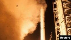 Во время запуска американского робота-автомата LADEE фотокамера зафиксировала и полет лягушки