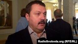 «Деркач, депутат українського парламенту, – понад десяток років був активним російським агентом, підтримуючи тісні зв'язки з російськими спецслужбами», – заявили у Міністерстві фінансів США