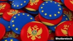 Bedževi u bojama zastave Crne Gore i EU