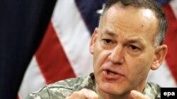 الناطق بإسم القوات الأميركية في العراق الجنرال ستيف لانزا