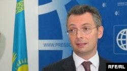 Александр Пикер, председатель правления АТФ банка. Сентябрь 2008 года.