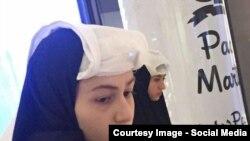 رژه دختران پوشیهپوش در پاساژ شمال تهران
