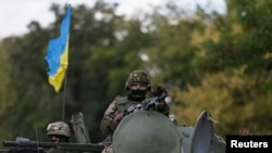 Украинские военные на Донбасе