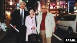 Arif Hüseynov [sağda], Yaponiyada
