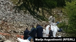 Ekshumacije žrtava na Korićanskim stijenama kod Prijedora