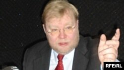 Март Лаар
