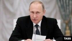 Ռուսաստանի նախագահ Վլադիմիր Պուտինը Կրեմլում մի հանդիպման ժամանակ, Մոսկվա, 28-ը մայիսի, 2015թ.