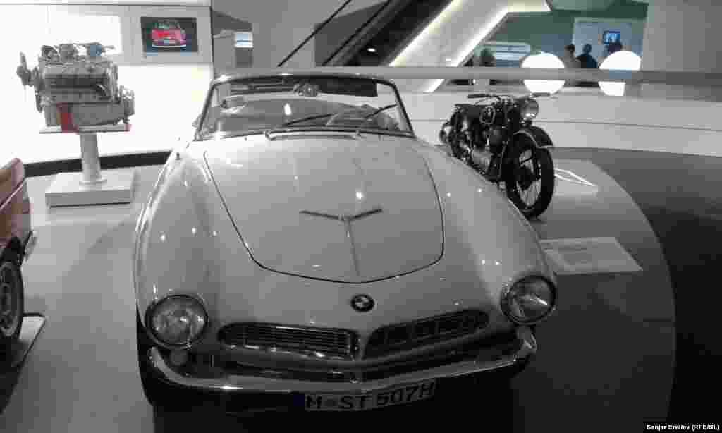 BMW Museum in Munich – BMW-507, 1955року випуску
