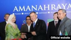 Татарстан президенты Рөстәм Миңнеханов Малайзиядә төрле килешүләргә кул куйды