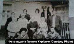 Син репресованого Кирила Чепури Петро з більшістю своїх дітейй