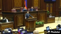 Armenia -- Prime Minister Tigran Sarkisian addresses parliament.