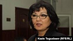 Мұхтар Зимановтың әйелі Жанат Зиманова. Алматы, 4 қараша 2013 жыл.
