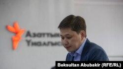 Нахуствазири пешини Қирғизистон Сафар Исоқов