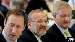 منوچهر متکی، وزیر خارجه ایران در افتتاحیه نشست امنیتی منامه