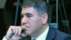 Vüqar Bayramov: Qara bazarı dollar qıtlığı yaradır