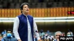 Pakistani Prime Minister Imran Khan addresses the Pakistani parliament. (file photo)