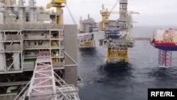 Нафтаздабыча ў Азэрбайджане