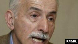 عبدالکريم لاهيجی ، حقوقدان و فعال حقوق بشر (عکس: RFE/RL)
