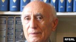 دکتر احسان یارشاطر، بنیانگذار دانشنامه معتبر ایرانیکا