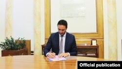 Ministri i Jashtëm i Kosovës, Glauk Konjufca.