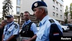 Pjesëtarët e misionit ndërkombëtar në Ukrainë