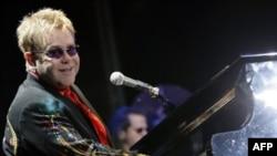 Sentyabrın 23-ü axşamı britaniyalı Elton Con Bakıda ilk konsertini verdi