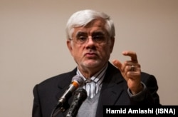 "Mohammad Reza Aref has defended his son, saying that Hamid's comments were ""misused."" (file phoro)"