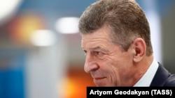 «Не до 6 липня, а найближчим часом. Таким чином, сьогодні не вдалося отримати від України чіткої відповіді, коли буде підготовлений цей документ поправок до Конституції», – цитують його заяву російські ЗМІ