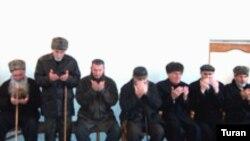 Bakıdakı çeçenlər Aslan Mashadovun anım mərasimində, Bakı, 11 mart 2005