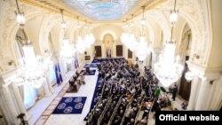 Preşedintele Traian Băsescu şi ministrul de externe Titus Corlăţean la reuniunea anuală a corpului diplomatic